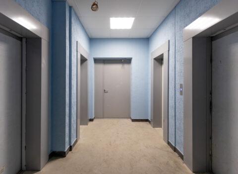 лифтовой холл Перья